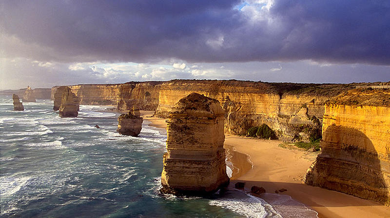 12 Apostles facing West, Victoria Australia
